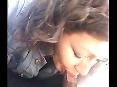 Indian girl in car blowjob sucking cock - indianhiddencams.com